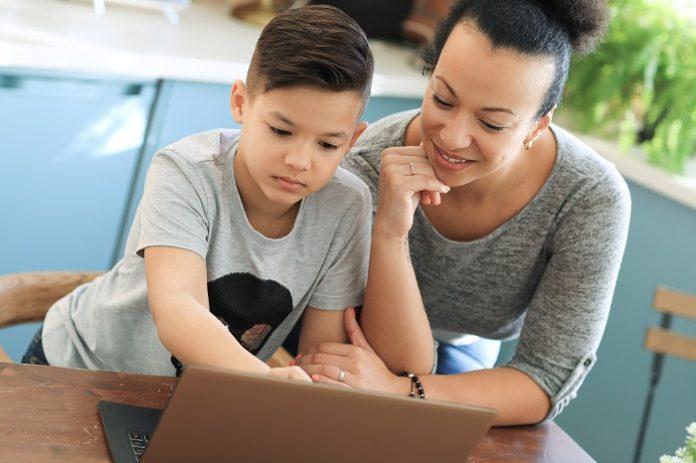 gastos com educação - família brasileira