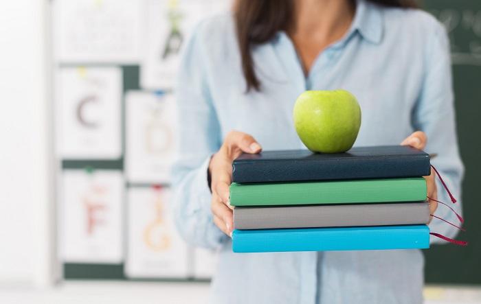 Professores ficam, em média, mais de dois meses por ano afastados do trabalho