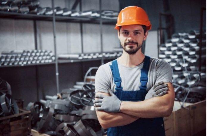 Renda média do trabalho encolhe